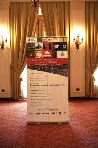 Menabò, agenzia di comunicazione a forlì, due volte insignita del Premio Agorà – Totem