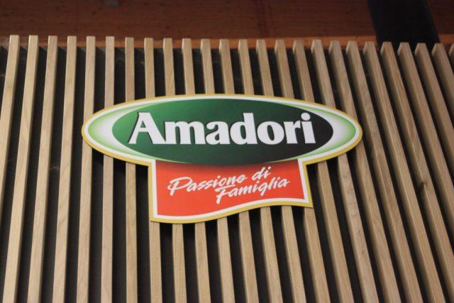 Menabò, agenzia di comunicazione a Forlì, per Amadori a FICO – Dettaglio del Chiosco del Pollo