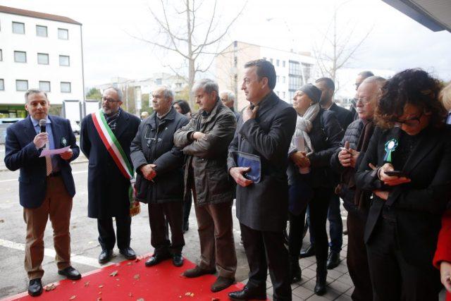 Menabò, agenzia di comunicazione a Forlì, per Adjutor – Foto delle autorità presenti