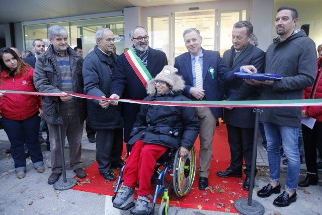 Menabò, agenzia di comunicazione a Forlì, per Adjutor – Taglio del nastro