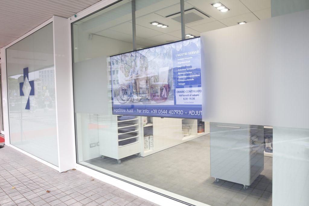 Menabò, agenzia di comunicazione a Forlì, per Adjutor - Foto della struttura