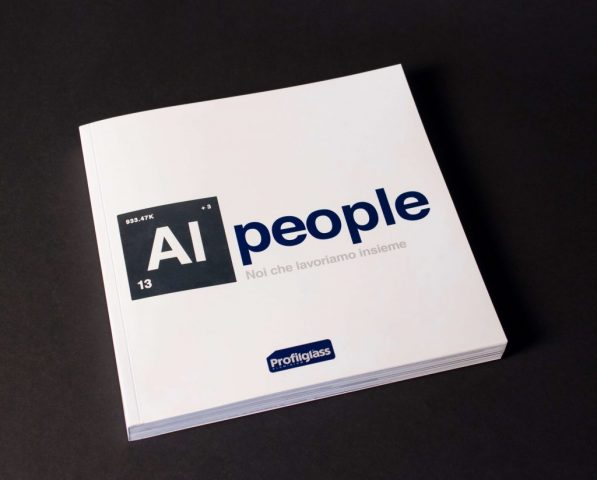 "Menabò, agenzia di comunicazione a Forlì, per Profilglass – Copertina libro ""ALpeople"""